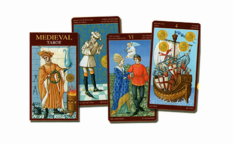 Medieval (6.6 x 12 cm)